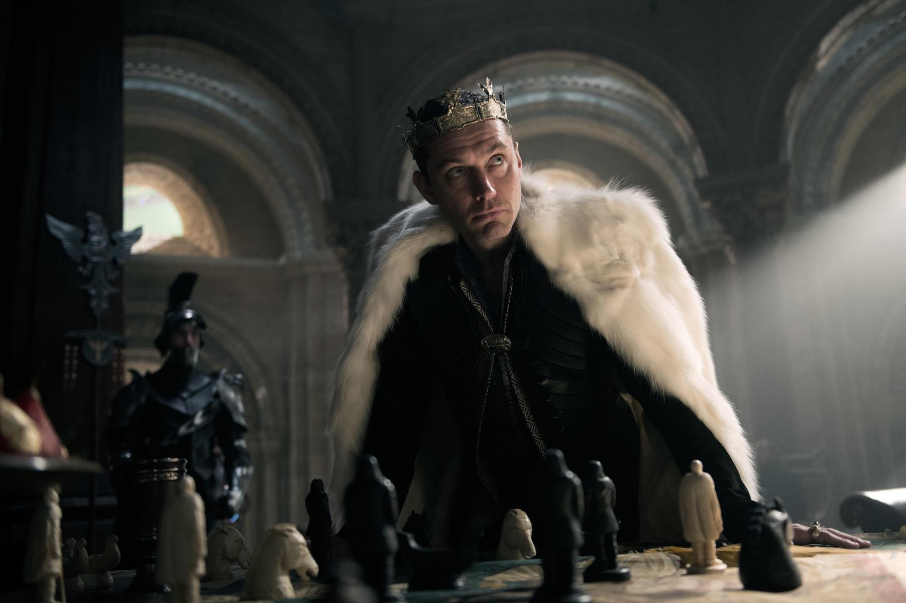 King Arthur Legend of the Sword 2017 mit Jude Law