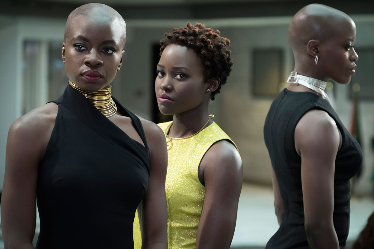 Black Panther - Danai Gurira als Okoye und Lupita Nyongo als Nakia