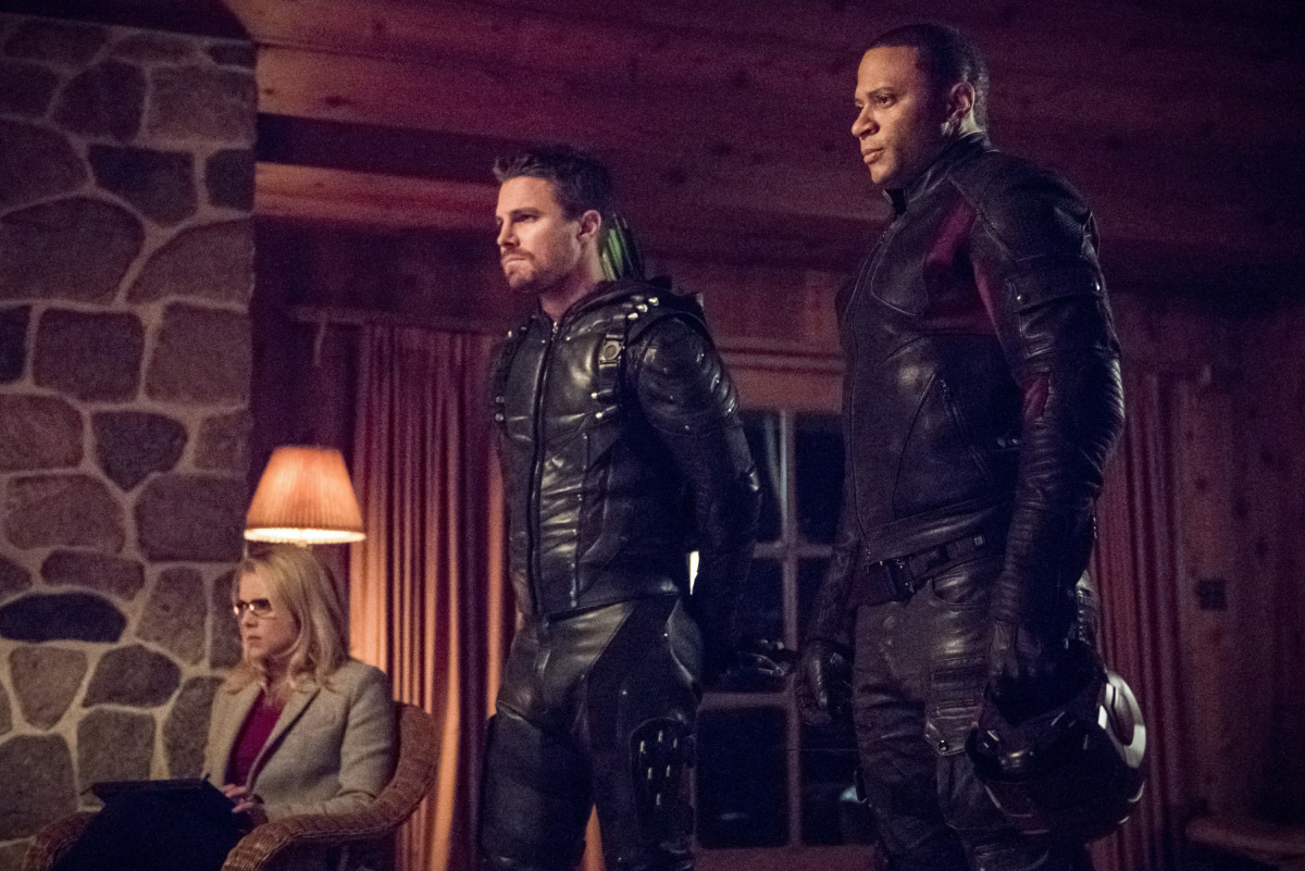 Arrow mit Stephen Amell