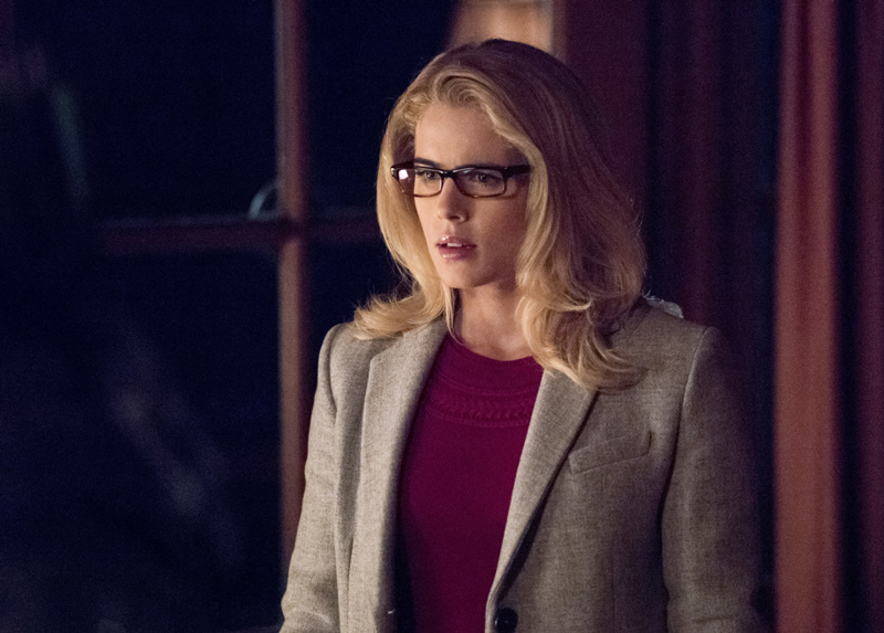 Emily Bett Rickards in Arrow als Felicity Smoak
