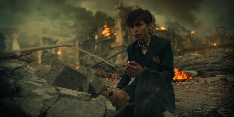 The Umbrella Academy Kritik Serienempfehlung auf Netflix mit Aidan Gallagher