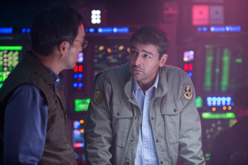 Godzilla II Kritik irgendwie nerdig mit Kyle Chandler
