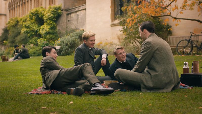 Tolkien Kritik Nicholas Hoult irgendwie nerdig