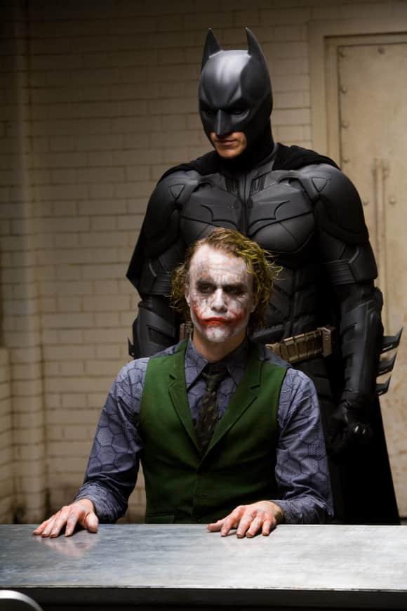 Heath Ledger als Joker mit Christian Bale als Batman