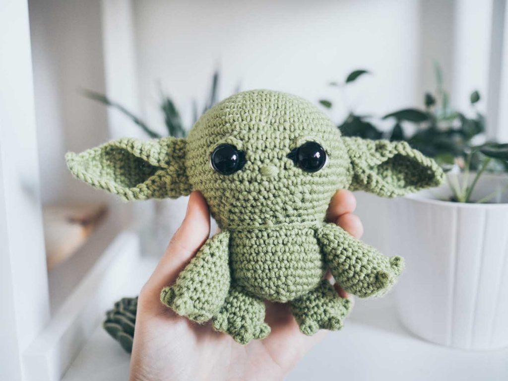 Baby Yoda Häkeln oder Stricken